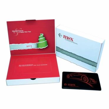 Tableta de chocolate en caja de cartón